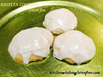 ricotta cookies w writing